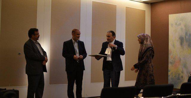 در گردهمایی فرهیختگان و دانشگاهیان تاکید شد: تقویت و گسترش شبکههای متخصصان ایرانی در اروپا